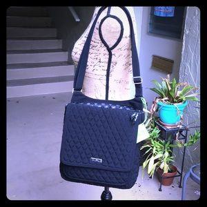 VERA BRADLEY Black Bag 🚭🏷❤️